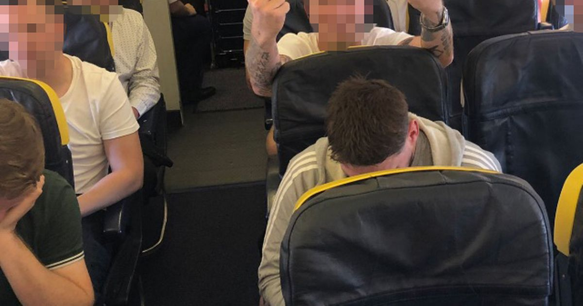 Ryanair passenger slams airline's apology 'after homophobic abuse from men'