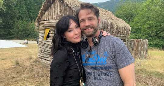 Throwback Vibes! 90210's Shannen Doherty, Jason Priestley Reunite
