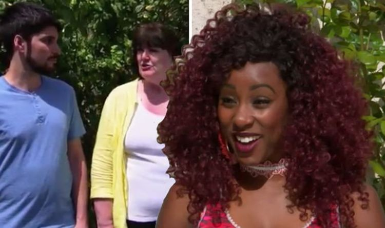 A Place In The Sun: 'Really?'Presentershocked as buyers make unexpectedU-turn