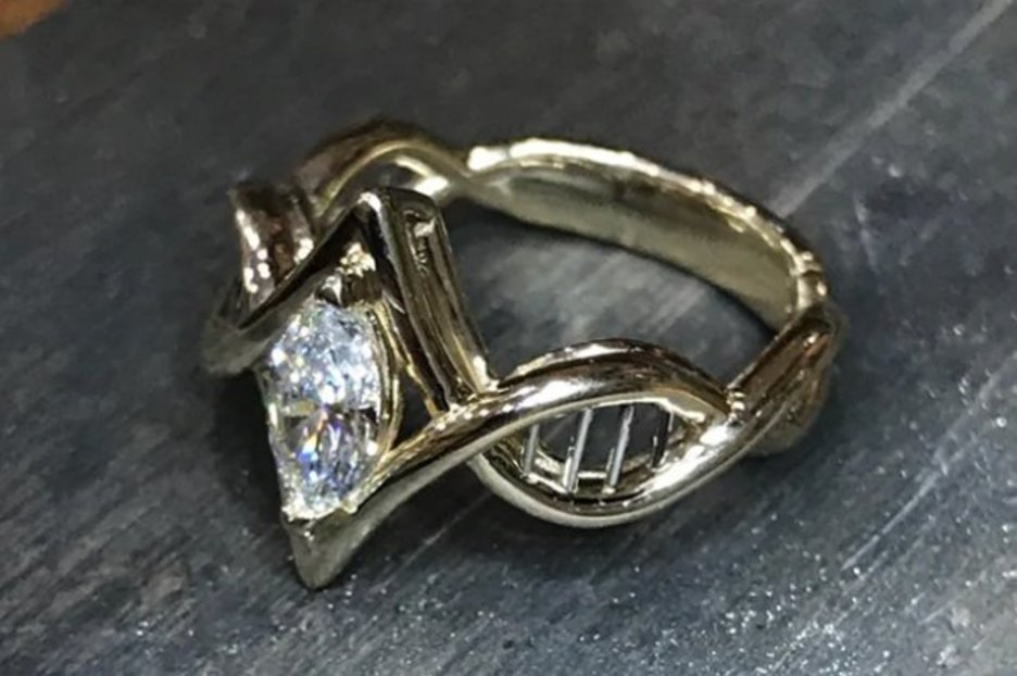 Scientist dazzles Reddit with snap of her DNA-themed engagement ring