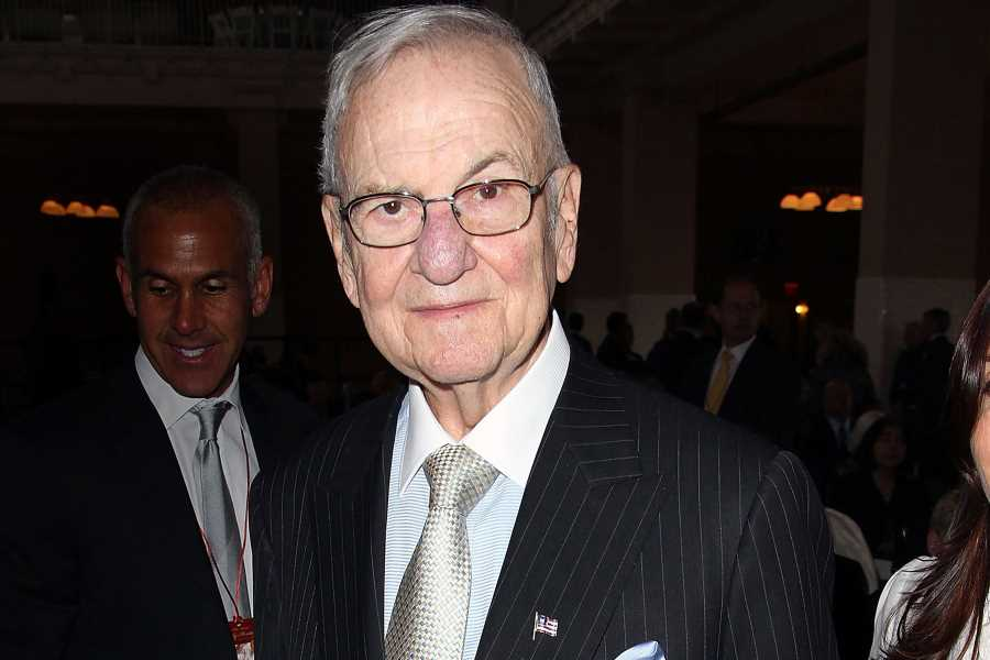 Lee Iacocca, Ford Mustang Developer and Legendary Automobile Executive, Dead at 94