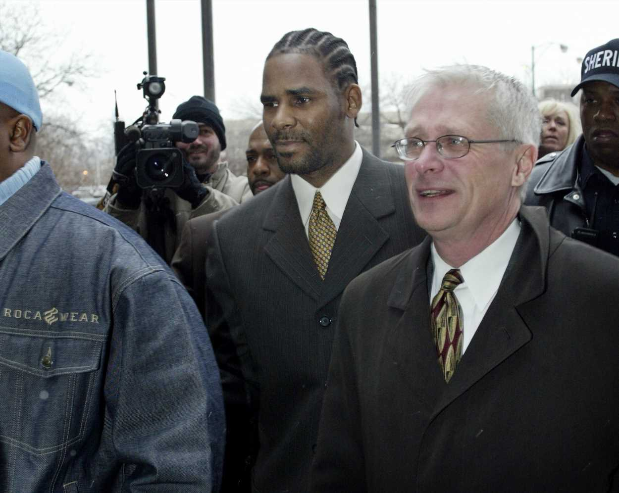 R. Kelly held without bond on sex crime charges