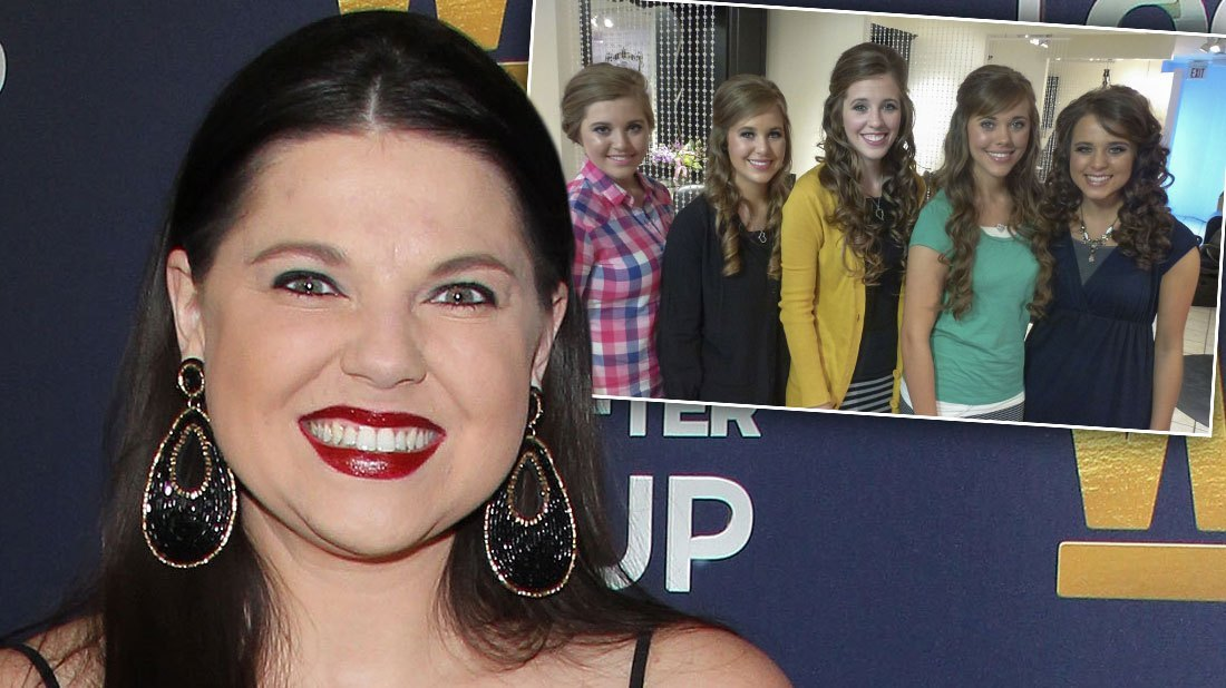 Amy Duggar Celebrates Baby Shower Without Cousins