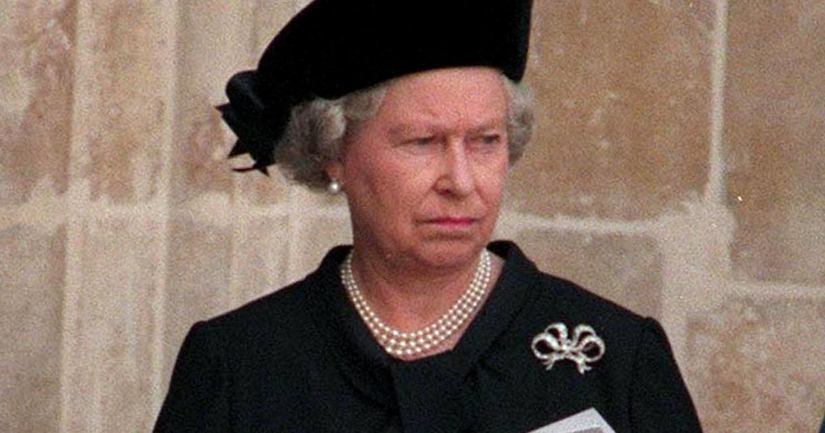 Loving motive behind Queen's choice not to return to London after Diana's death