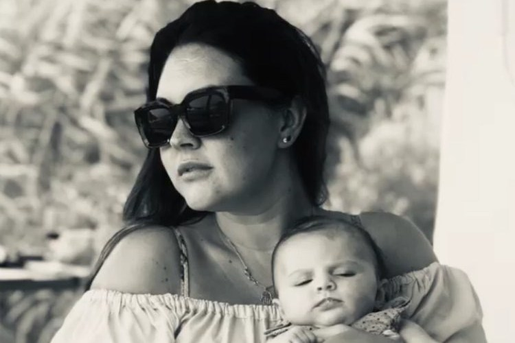 Inside EastEnders star Lacey Turner's luxury holiday in Singapore with newborn daughter Dusty