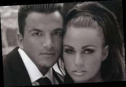 Katie Price insists on playing her Peter Andre duets album – in front of her new boyfriends – The Sun
