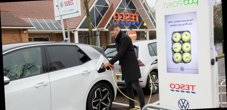 Drivers can now charge their electric cars for free while doing their shopping