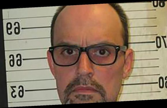 Blind Murderer Should Not Be Executed Tonight Because He's 'More Sensitive to Pain'