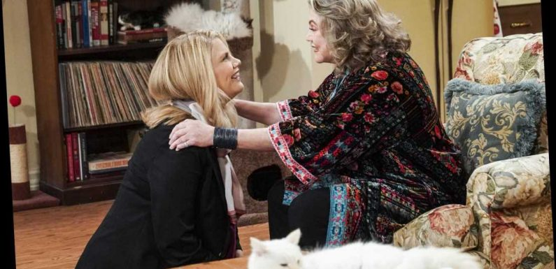 See the great Kathleen Turner guest-starring on CBS' Mom