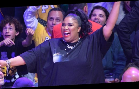 Lizzo Bares Her Thong While Twerking at the Lakers Game!