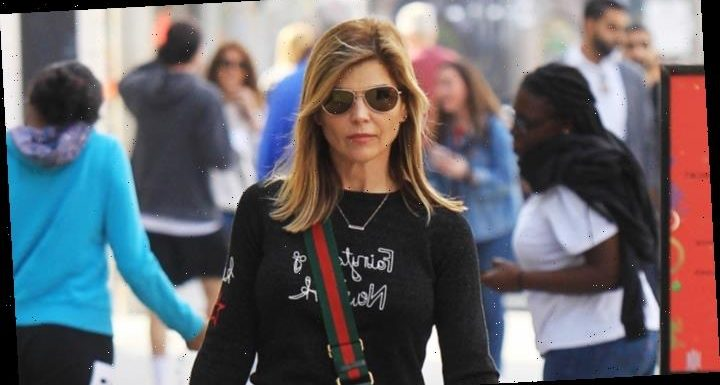 Lori Loughlin Asks Judge to Throw Out College Bribery Case