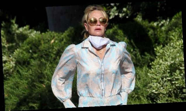 Melanie Griffith, 62, Proves She Can Rock Daisy Dukes Like Hailey Baldwin & More Stars In Gorgeous New Pic