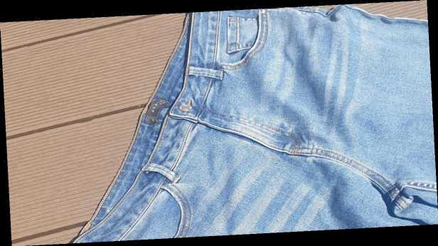 How to wash jeans correctly to preserve the shape and colour of your favourite denim