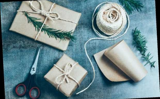 7 Perfect and Meaningful Gift Ideas for Your Grandma