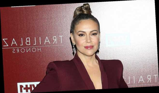 Alyssa Milano blames Trump for COVID-19 dishonesty, calls for GOP to be 'tried for treason'