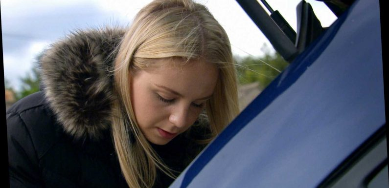 Emmerdale spoilers: Belle Dingle hears the voice of dead mum Lisa as her psychosis returns