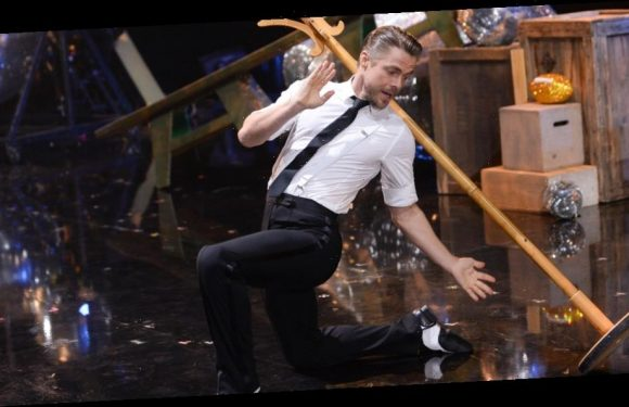 Derek Hough Dances Solo for the First Time in 23 Years on 'DWTS' Finale (Video)