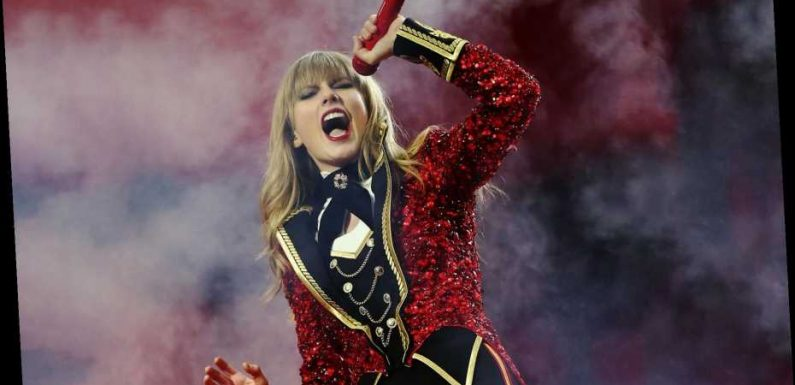 500 Greatest Albums Podcast: Taylor Swift on How 'Red' Changed Everything For Her