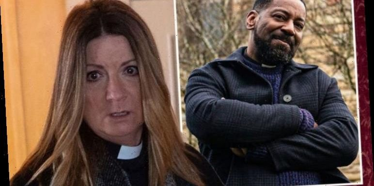 Emmerdale fans 'expose' vicar Charles' identity as they predict DI Malone link