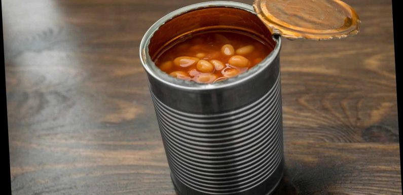 'Bean Dad' Apologizes For Viral Twitter Thread About His Daughter Using A Can Opener