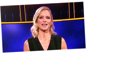 'The Chase' Game Show Honors Alex Trebek During Its Premiere