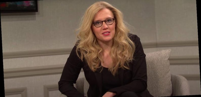 Kate McKinnon Is Slowly Losing Her Mind Over the Weirdness of 2021 in This SNL Cold Open