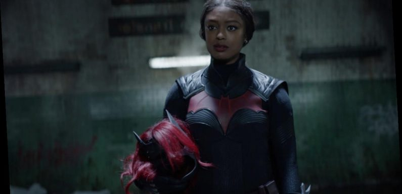 New Batwoman Javicia Leslie Reacts to Wearing the Batsuit for the First Time