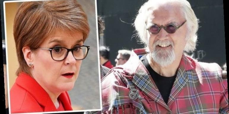 Billy Connolly sniped Scottish nationalists as he declared: 'I hate all tartan b******s'