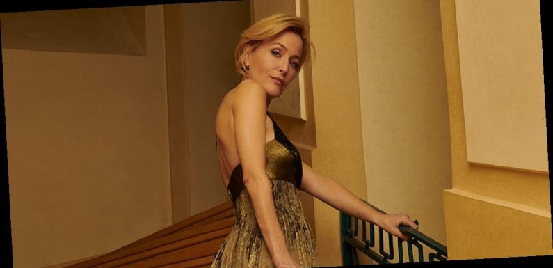 Wow, Gillian Anderson's Golden Globes Dior Dress Is Even More Stunning Up Close