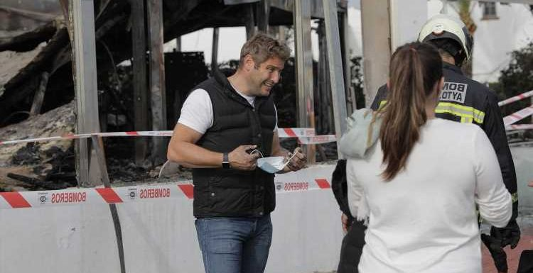 Elliott Wright denies his restaurant was burnt down by arsonist as he vows to rebuild it by summer