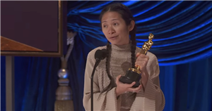 Hell Yes! Chloé Zhao Continues Her Historic Award Season Sweep at the Oscars