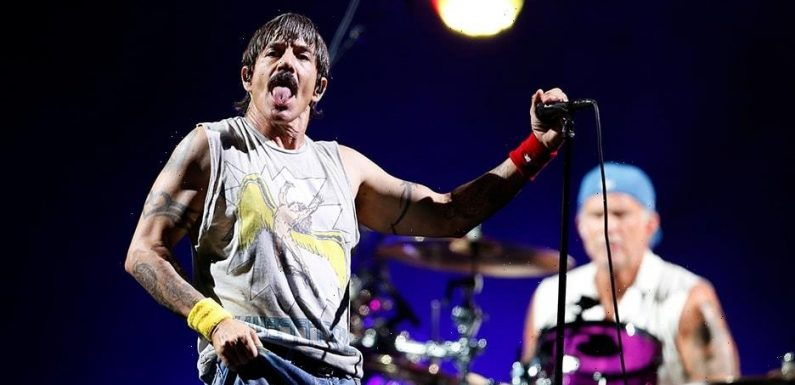 Red Hot Chili Peppers to Sell Catalog for $150 Million