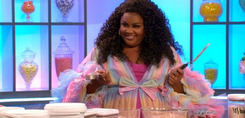 """'Nailed It!' Host Nicole Byer On Keeping The Competition Safe And Silly During COVID-19: """"You Try To Just Have As Much Fun As You Can Safely"""""""