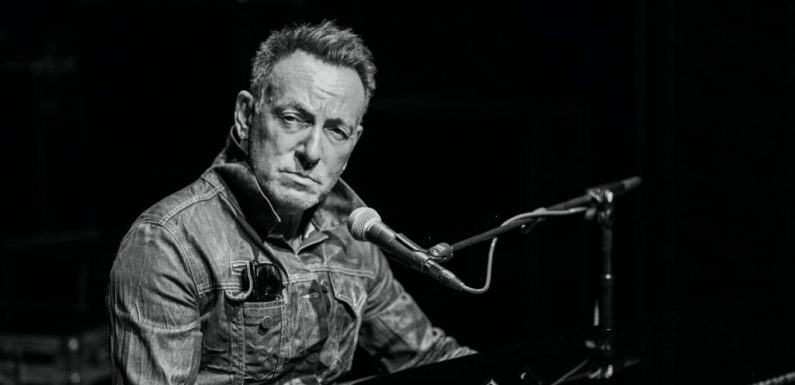 'Springsteen On Broadway' Returns To New York This Month