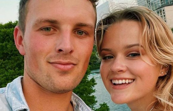 Ava Phillippe and Her Boyfriend Look *Exactly* Like Reese Witherspoon and Ryan Phillippe