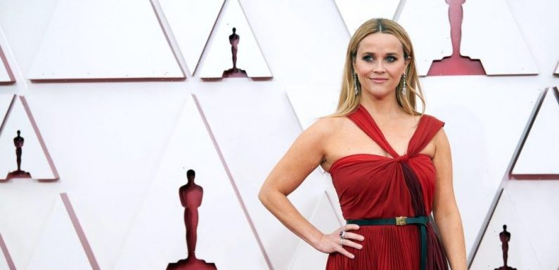 How Short Is Reese Witherspoon?
