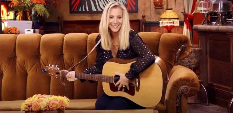 Lisa Kudrow Had to Google 'Smelly Cat' Chords Ahead of 'Friends' Reunion