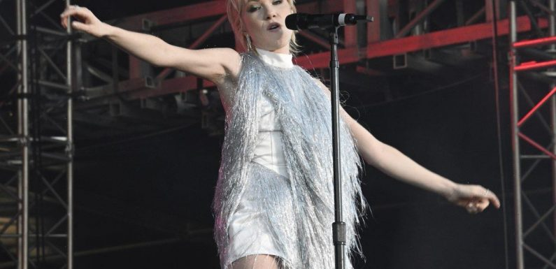 Carly Rae Jepsen Says the Guy She Wrote 'Julien' About Was 'Actually a D***'