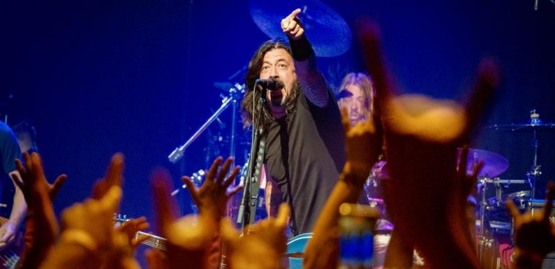 Foo Fighters Announce New Washington D.C. Concert Venue During Sold-Out 9:30 Club Gig