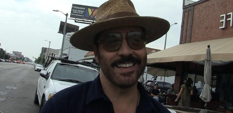 Jeremy Piven Says He's Ready & On Standby for 'Entourage' Reboot