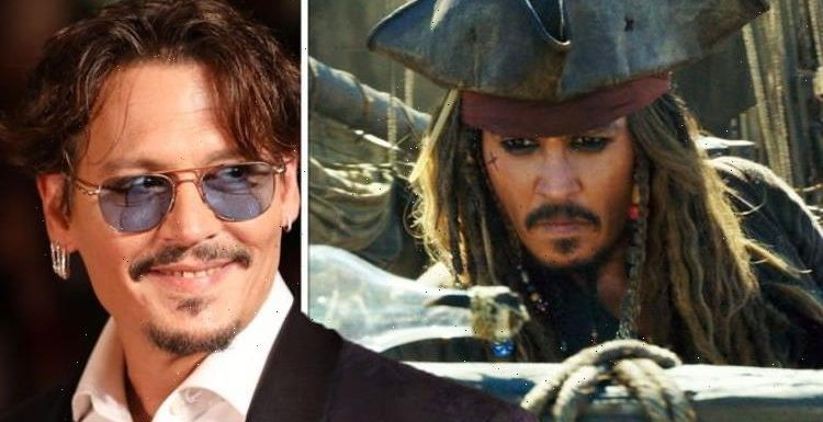Johnny Depp plays Pirates of the Caribbean Jack Sparrow role at film festival – WATCH