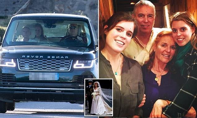 Prince Andrew is 'keen to re-marry Fergie', sources tell Vanity Fair