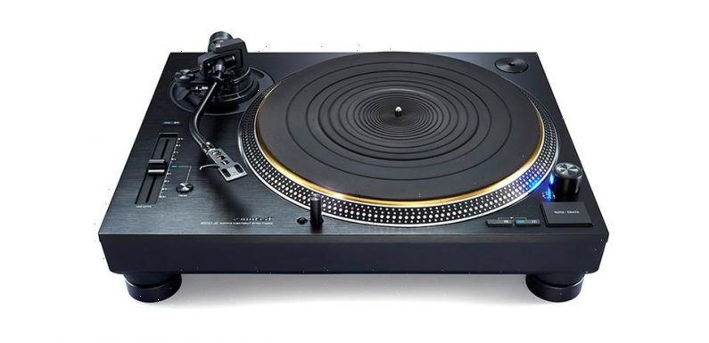 Technics Releases a Blacked-Out Version of Its SL-1200G High End Turntable