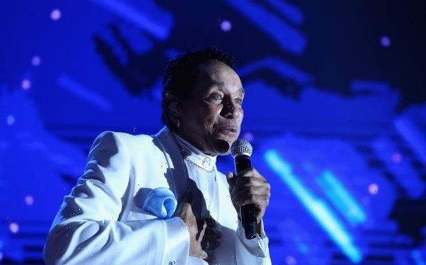 Smokey Robinson Nearly Died of COVID During Hospital Stay